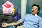 今日返乡过年,隔夜在沪捐血救人 - 红十字会